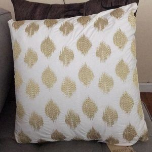 Brand New! White and Gold Decorative Pillow